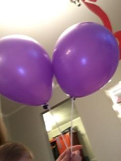 20.02.27 Balloon Pastor Jay PurpleHaircut Balloons
