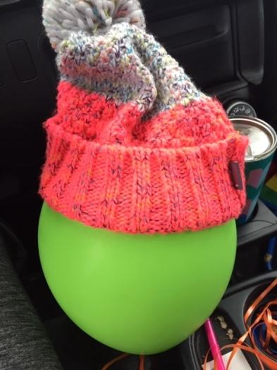 20.03.10 Balloon Pastor balloon hat